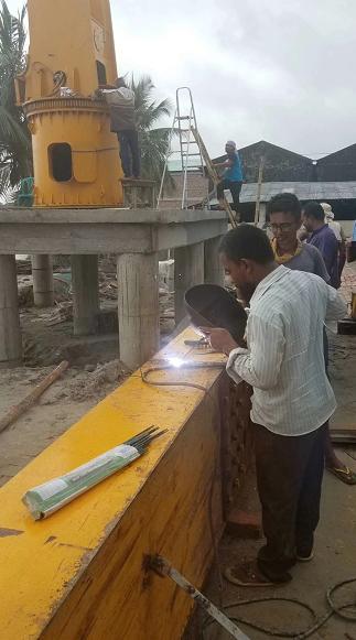 孟加拉国出口产品--大吨位克令吊